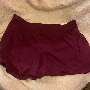 NWT Old Navy workout or swim shorts